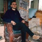 Автор в кресле из красного дерева Е. И. Чивилихина для его кабинета в особняке в  Фирсановке (2001-2002). Проект – М.Р. Тренихин, пролепливались все скульптурные детали.  Изготовитель В. Ризов. Финишное дорезание львов – М.Р. Тренихин